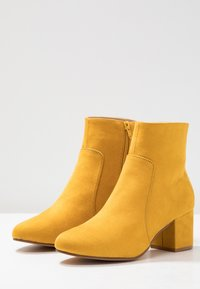 Anna Field - Classic ankle boots - yellow - 4