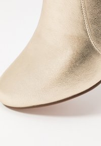 Anna Field - Classic ankle boots - gold - 2
