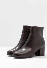 Anna Field - Classic ankle boots - brown - 4