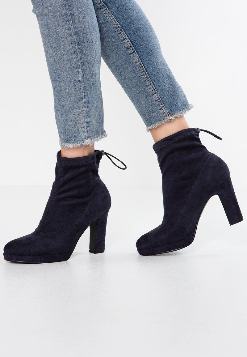 Anna Field - Kotníková obuv na vysokém podpatku - dark blue