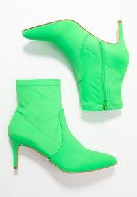 Anna Field - Kotníkové boty - neon green - 3