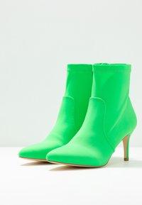Anna Field - Kotníkové boty - neon green - 4