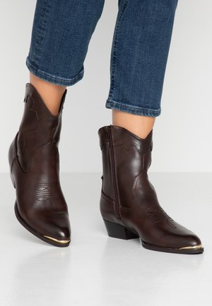Cowboy/biker ankle boot - dark brown