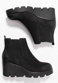 Anna Field - Kotníkové boty na klínu - black - 3