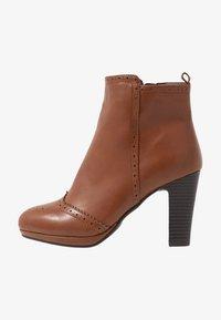 Anna Field - Kotníková obuv na vysokém podpatku - cognac - 1