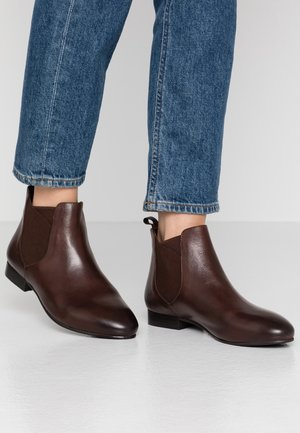 LEATHER CHELSEAS - Botines bajos - dark brown