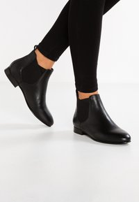 Anna Field - LEATHER CHELSEAS - Ankle boot - black - 0