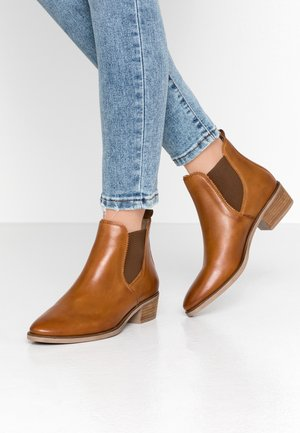 LEATHER CHELSEAS - Ankle boots - cognac