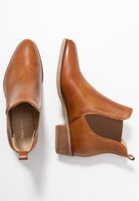 Anna Field - LEATHER CHELSEAS - Botines bajos - cognac - 3