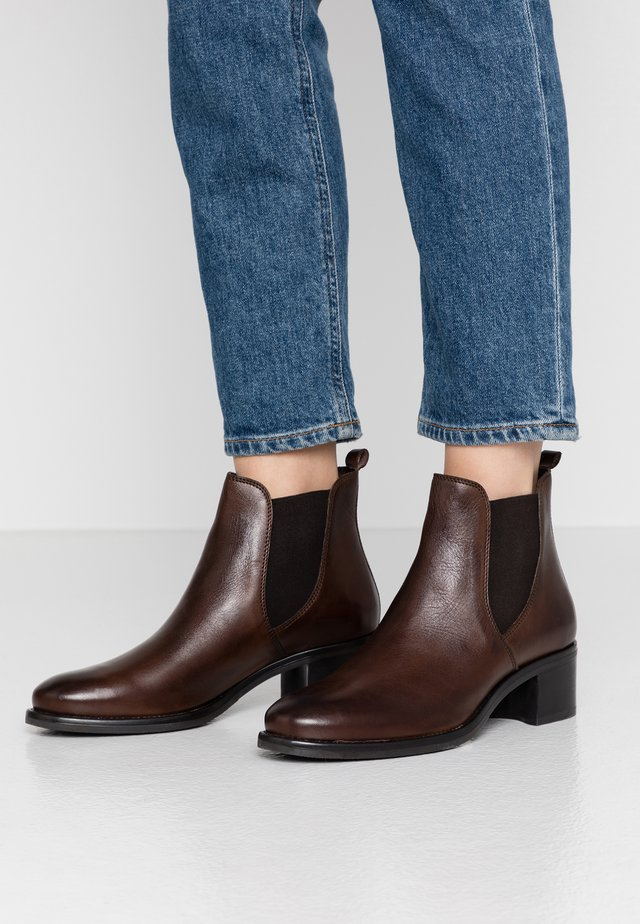 LEATHER BOOTIES - Ankle boots - brown