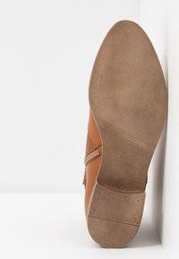 Anna Field - LEATHER BOOTIES - Boots à talons - cognac - 6
