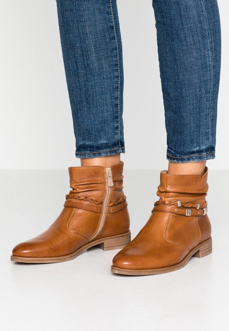 Anna Field - LEATHER BOOTIES - Boots à talons - cognac