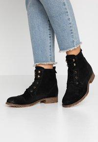 Anna Field - LEATHER BOOTIES - Šněrovací kotníkové boty - black - 0