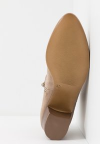 Anna Field - LEATHER BOOTIES - Classic ankle boots - taupe - 6