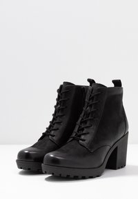 Anna Field - LEATHER CLASSIC ANKLE BOOTS - Støvletter - black - 4