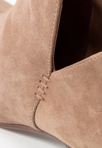 Anna Field - LEATHER BOOTIES - Ankle boot - beige - 2