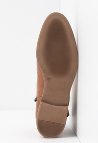 Anna Field - LEATHER BOOTIES - Classic ankle boots - cognac - 6