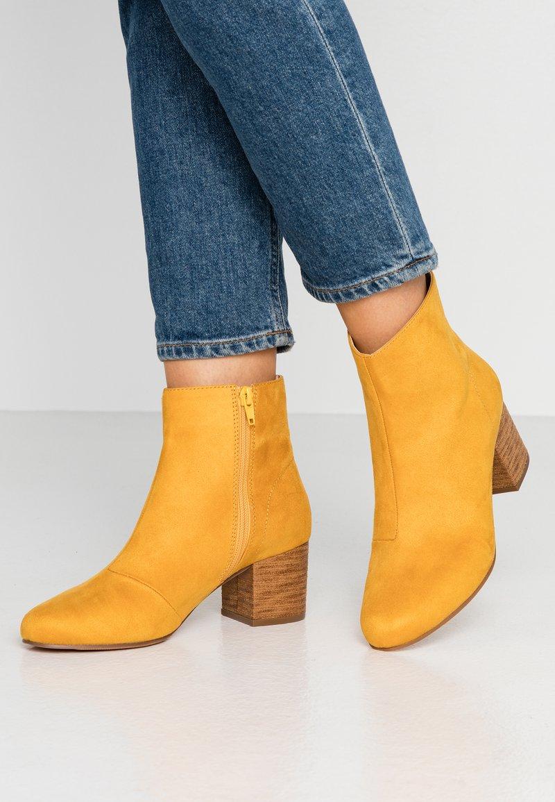 Anna Field - Kotníkové boty - yellow