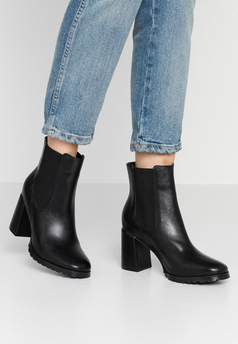 Anna Field - LEATHER ANKLE BOOTS - Ankelboots - black