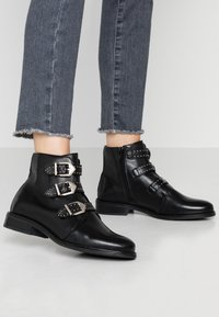 Anna Field - LEATHER BOOTIES - Boots à talons - black - 0