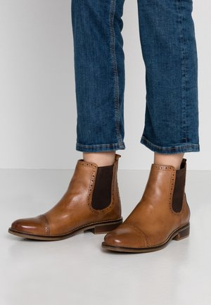 LEATHER BOOTIES - Botines - cognac