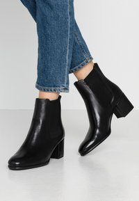 Anna Field - LEATHER BOOTIES - Ankelboots - black - 0