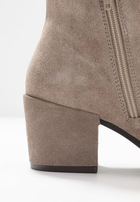 Anna Field - LEATHER BOOTIES - Ankle boots - beige - 2