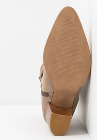 Anna Field - LEATHER CLASSIC ANKLE BOOTS - Botines - taupe - 6