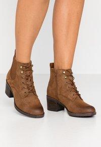Anna Field - Boots à talons - cognac - 0