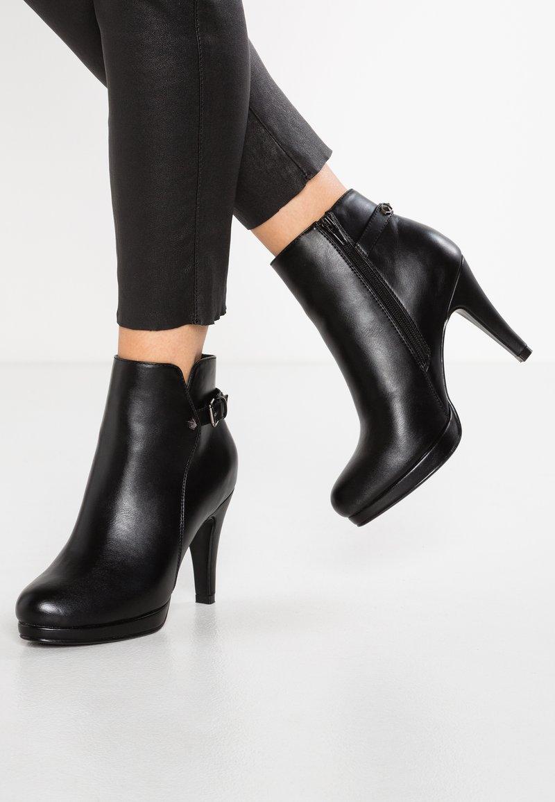 Anna Field - Højhælede støvletter - black