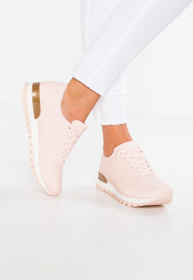 Trainers - rosa