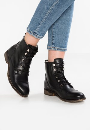 LEATHER WINTER BOOTIES - Vinterstøvler - black