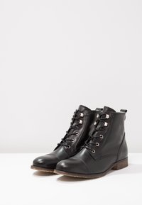 Anna Field - LEATHER WINTER BOOTIES - Winter boots - black - 5