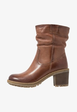 LEATHER WINTER BOOTIES - Zimní obuv - brown