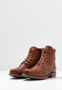 Anna Field - LEATHER WINTER BOOTIES - Snowboots  - cognac - 4