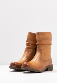 Anna Field - LEATHER WINTER BOOTIES - Classic ankle boots - cognac - 4