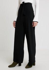 Anna Field - Spodnie materiałowe - black - 0