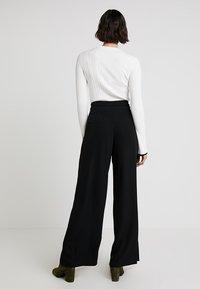 Anna Field - Spodnie materiałowe - black - 2