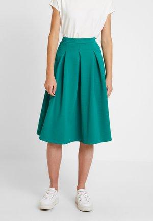 A-line skirt - cadmium green
