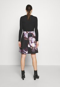 Anna Field - A-line skirt - dark floral - 2