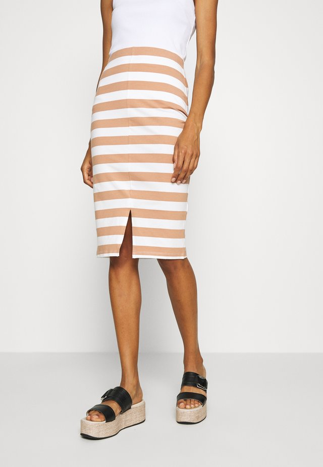 Pencil skirt - off white/camel