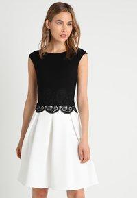 Anna Field - Žerzejové šaty - black/off-white - 0