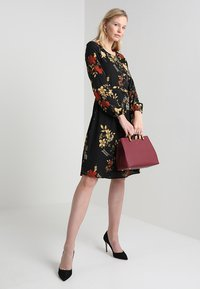 Anna Field - Denní šaty - red/black - 2