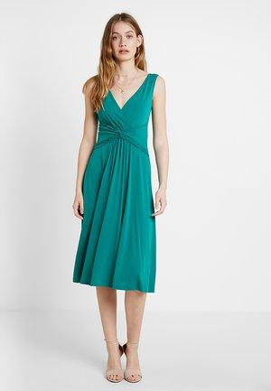 Vestito estivo - cadmium green