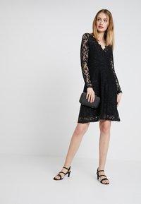 Anna Field - Koktejlové šaty/ šaty na párty - black - 2