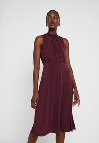 Anna Field - Robe de soirée - winetasting - 0