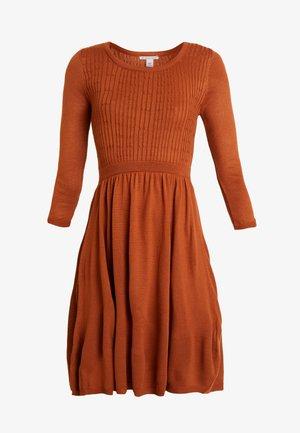 Denní šaty - ginger bread