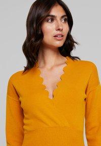 Anna Field - Pletené šaty - golden yellow - 5