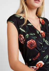 Anna Field - Robe fourreau - black/red - 6