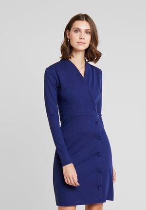 Pouzdrové šaty - maritime blue